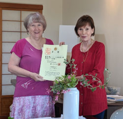 Wanda LaLoggia Receives Her Level 6 Certificate